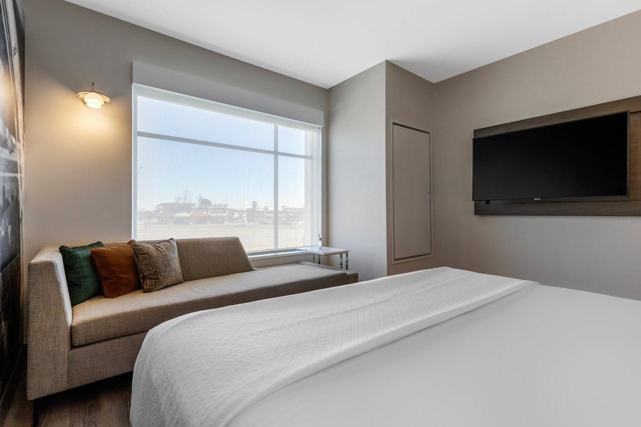 Hotel Room with Flatscreen TV